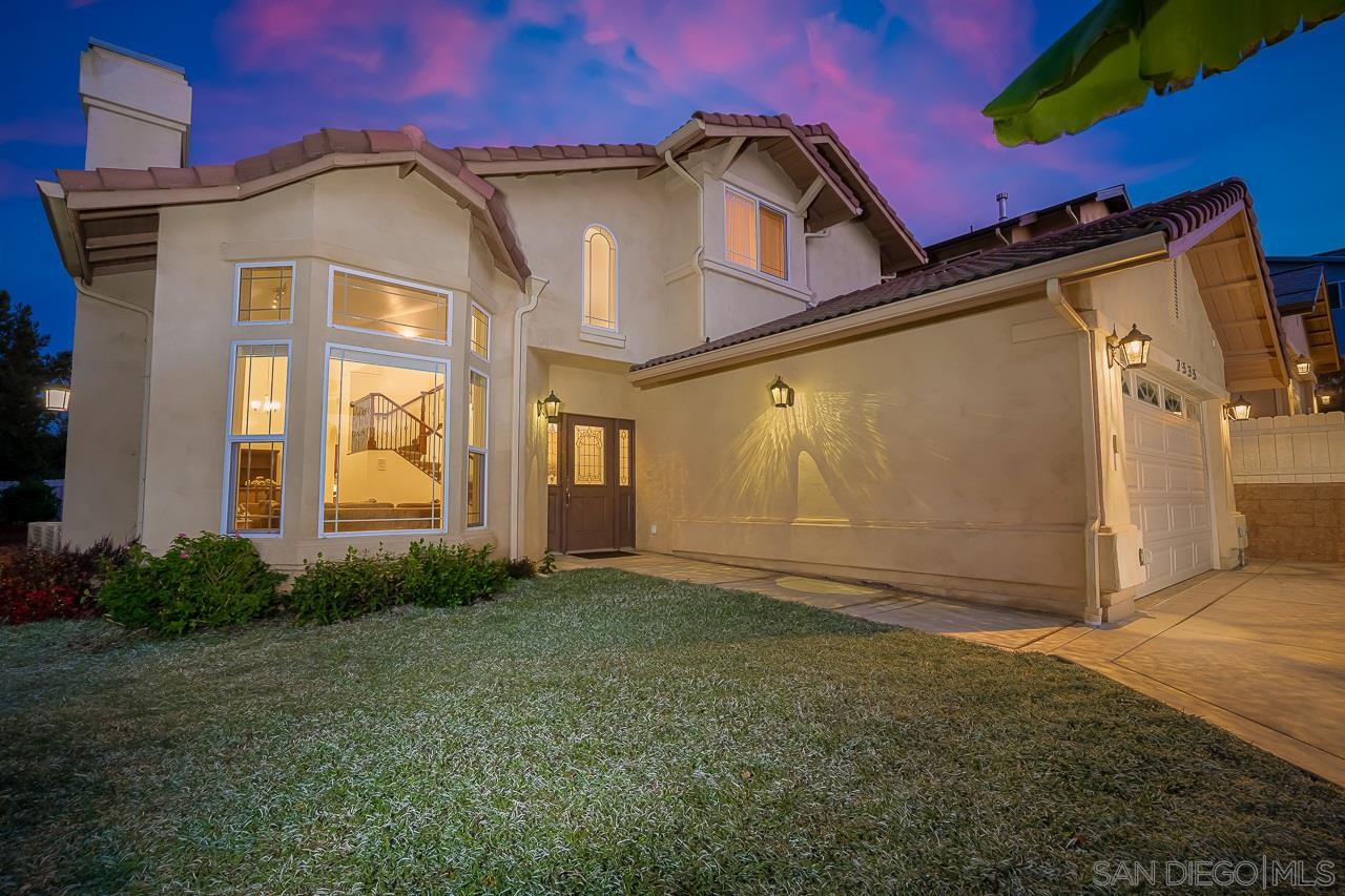 Main Photo: LEMON GROVE House for sale : 4 bedrooms : 2535 69th St