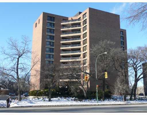Main Photo: 255 WELLINGTON Crescent in WINNIPEG: Fort Rouge / Crescentwood / Riverview Condominium for sale (South Winnipeg)  : MLS®# 2800757