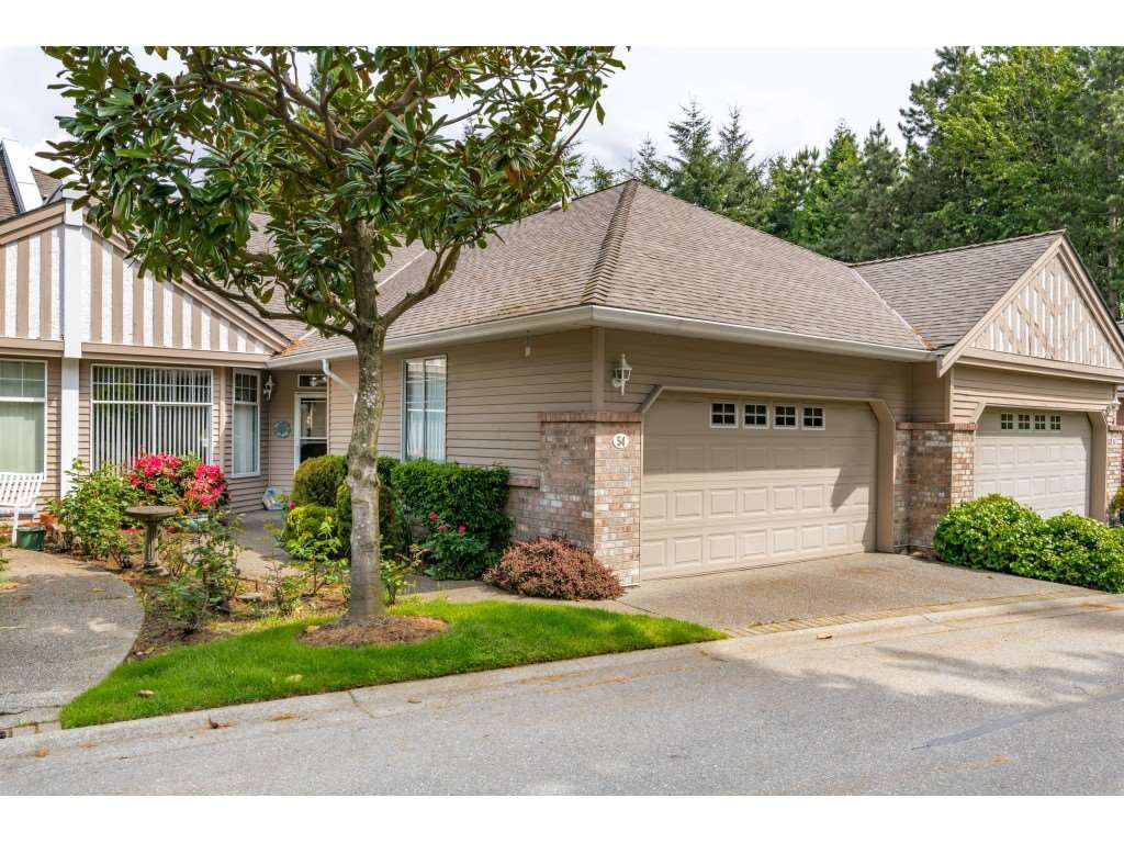 "Main Photo: 54 2533 152 Street in Surrey: Sunnyside Park Surrey Townhouse for sale in ""BISHOPS GREEN"" (South Surrey White Rock)  : MLS®# R2456526"
