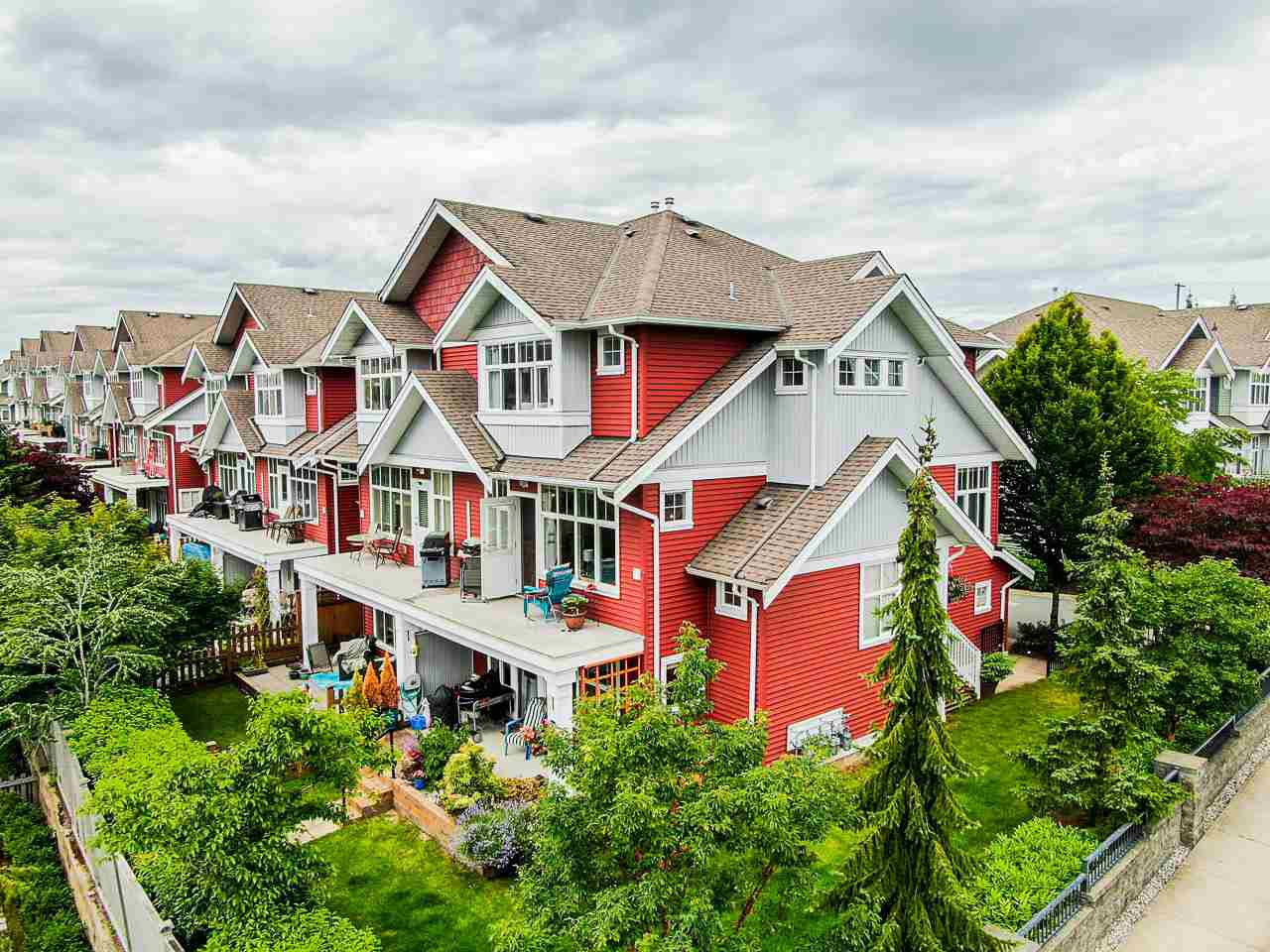 "Main Photo: 38 6785 193 Street in Surrey: Clayton Townhouse for sale in ""Madrona"" (Cloverdale)  : MLS®# R2469183"