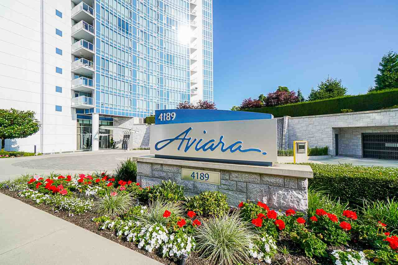 "Main Photo: 701 4189 HALIFAX Street in Burnaby: Brentwood Park Condo for sale in ""AVIARA"" (Burnaby North)  : MLS®# R2477712"