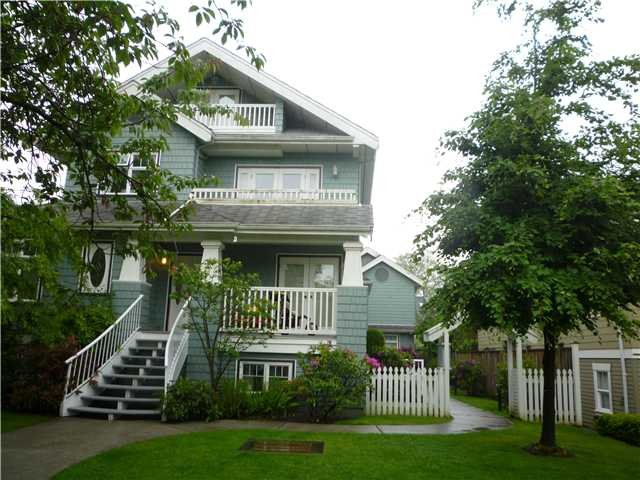 "Main Photo: 3 108 W West 14th Avenue in vancouver: Mount Pleasant VW Townhouse for sale in ""VICTORY ESTATES"" (Vancouver West)  : MLS®# V834544"