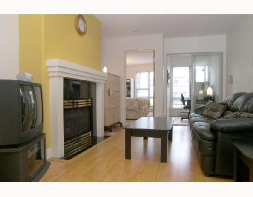 "Main Photo: 217 1823 W 7TH Avenue in Vancouver: Kitsilano Condo for sale in ""CARNEGIE"" (Vancouver West)  : MLS®# V660212"