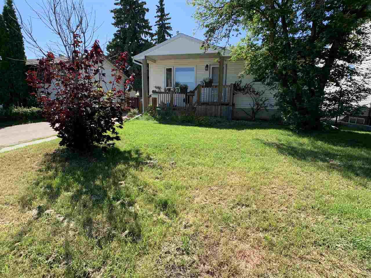 Main Photo: 10744 155 Street in Edmonton: Zone 21 House for sale : MLS®# E4209026