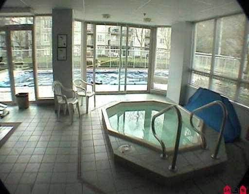"Photo 6: Photos: 210 14877 100TH AV in Surrey: Guildford Condo for sale in ""Chatsworth Gardens"" (North Surrey)  : MLS®# F2606124"