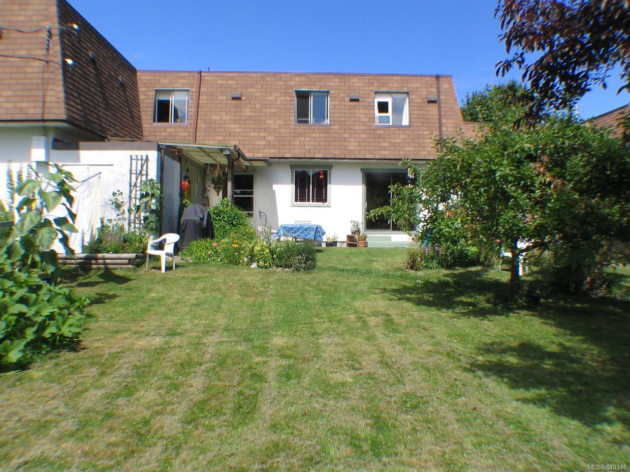 Main Photo: 6 3208 Gibbins Rd in DUNCAN: Du West Duncan Row/Townhouse for sale (Duncan)  : MLS®# 840346