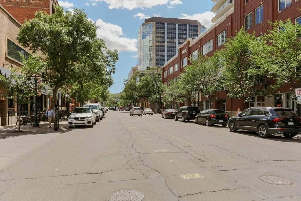 Main Photo: 3203 10152 104 Street in Edmonton: Zone 12 Condo for sale : MLS®# E4209450