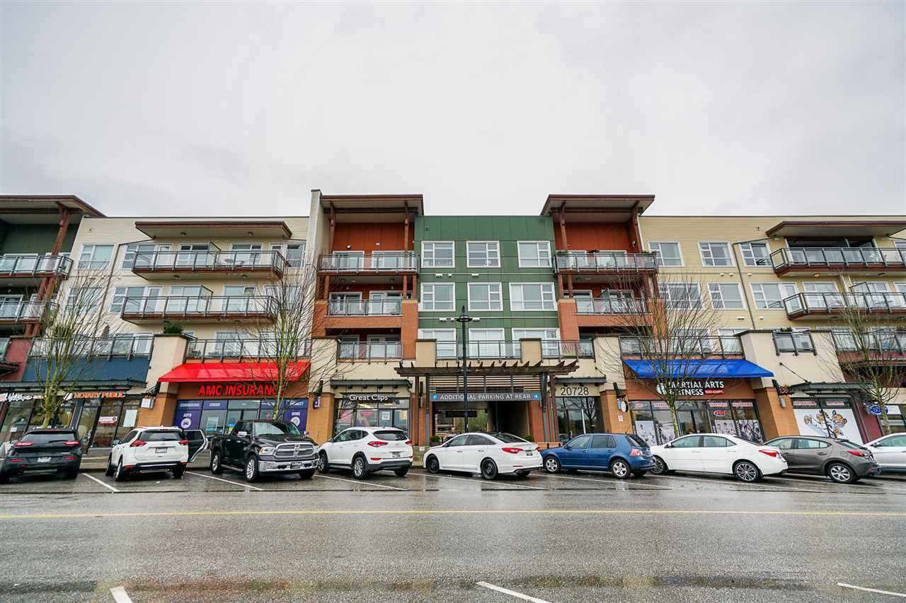 "Main Photo: 409 20728 WILLOUGHBY TOWN CENTRE Drive in Langley: Willoughby Heights Condo for sale in ""Kensington"" : MLS®# R2488856"