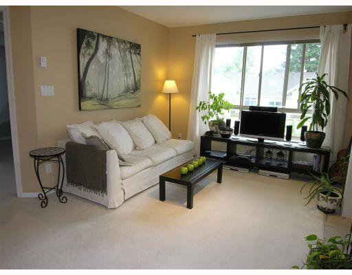 "Photo 2: Photos: 206 150 W 22ND Street in North_Vancouver: Central Lonsdale Condo for sale in ""THE SIERRA"" (North Vancouver)  : MLS®# V660143"