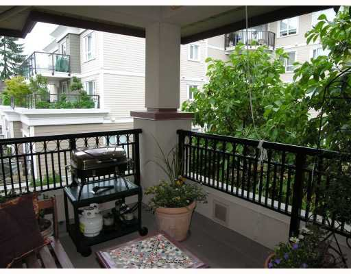 "Photo 7: Photos: 206 150 W 22ND Street in North_Vancouver: Central Lonsdale Condo for sale in ""THE SIERRA"" (North Vancouver)  : MLS®# V660143"