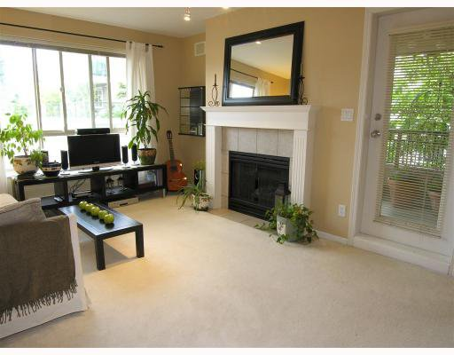 "Photo 3: Photos: 206 150 W 22ND Street in North_Vancouver: Central Lonsdale Condo for sale in ""THE SIERRA"" (North Vancouver)  : MLS®# V660143"