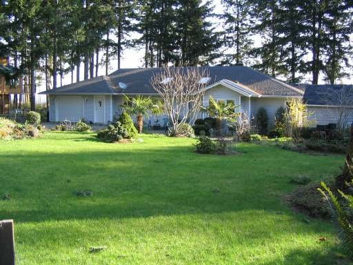 Main Photo: 5588 SEACLIFF ROAD in COURTENAY: Residential Detached for sale : MLS®# 229578