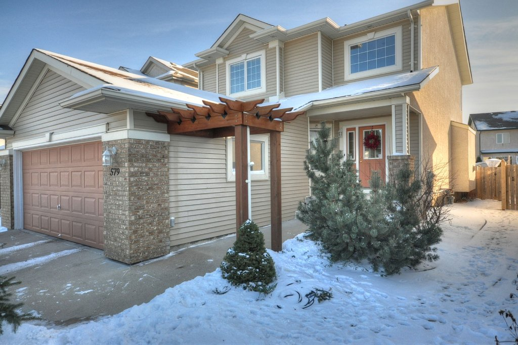 Main Photo: 579 John Forsyth Road in Winnipeg: Residential for sale : MLS®# 1201237