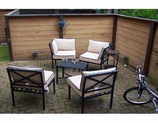 "Photo 2: Photos: 89 2900 NORMAN Avenue in Coquitlam: Ranch Park Townhouse for sale in ""PARKWOOD"" : MLS®# V669411"