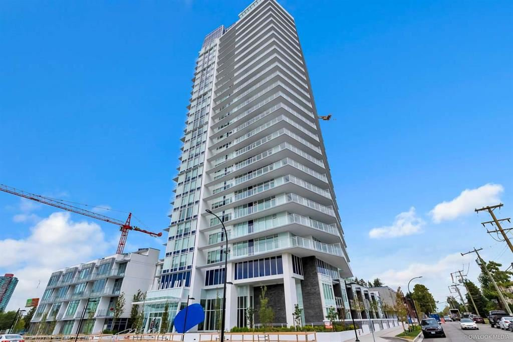 """Main Photo: 2107 5051 IMPERIAL Street in Burnaby: Metrotown Condo for sale in """"IMPERIAL"""" (Burnaby South)  : MLS®# R2403496"""