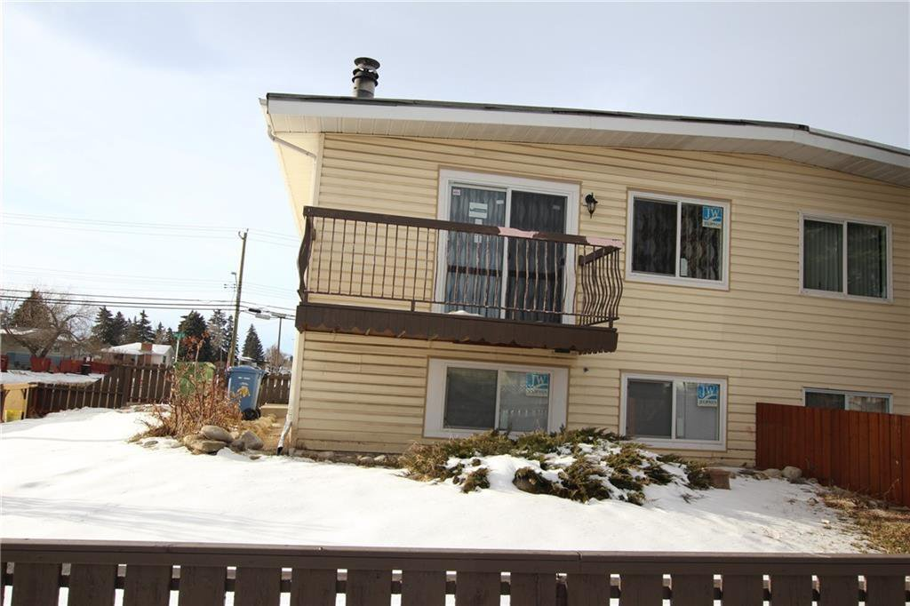 Main Photo: A 1427 43 Street SE in Calgary: Forest Lawn Row/Townhouse for sale : MLS®# C4291024