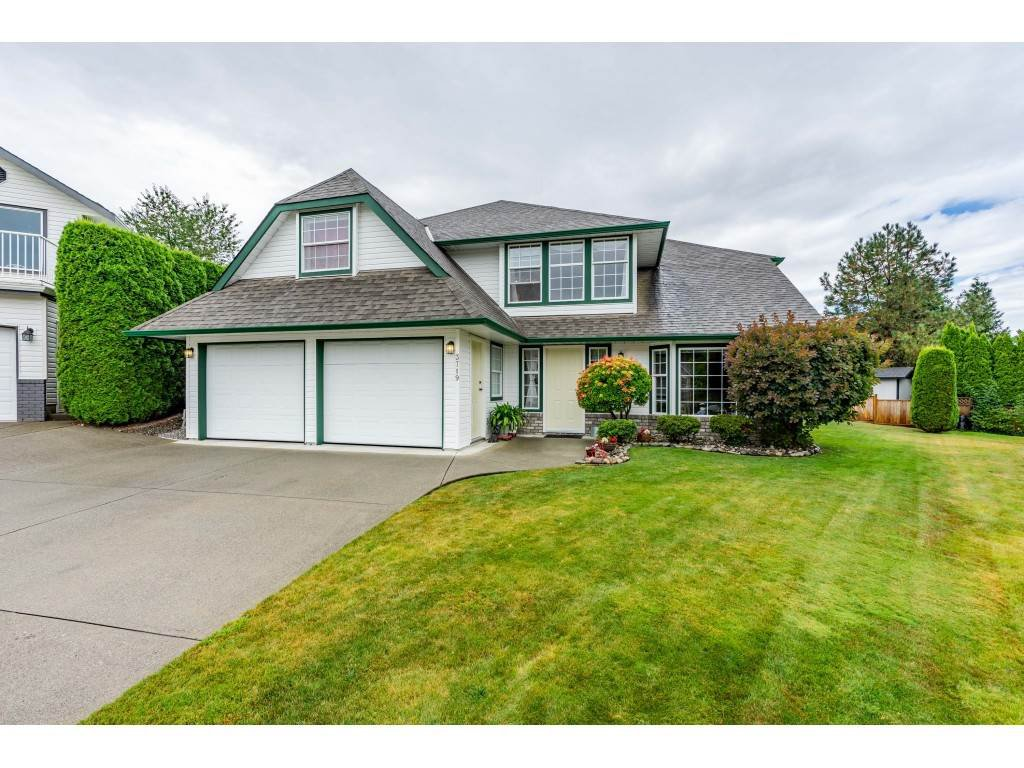 """Main Photo: 3719 MILLAR Court in Abbotsford: Abbotsford East House for sale in """"BATEMAN"""" : MLS®# R2485284"""