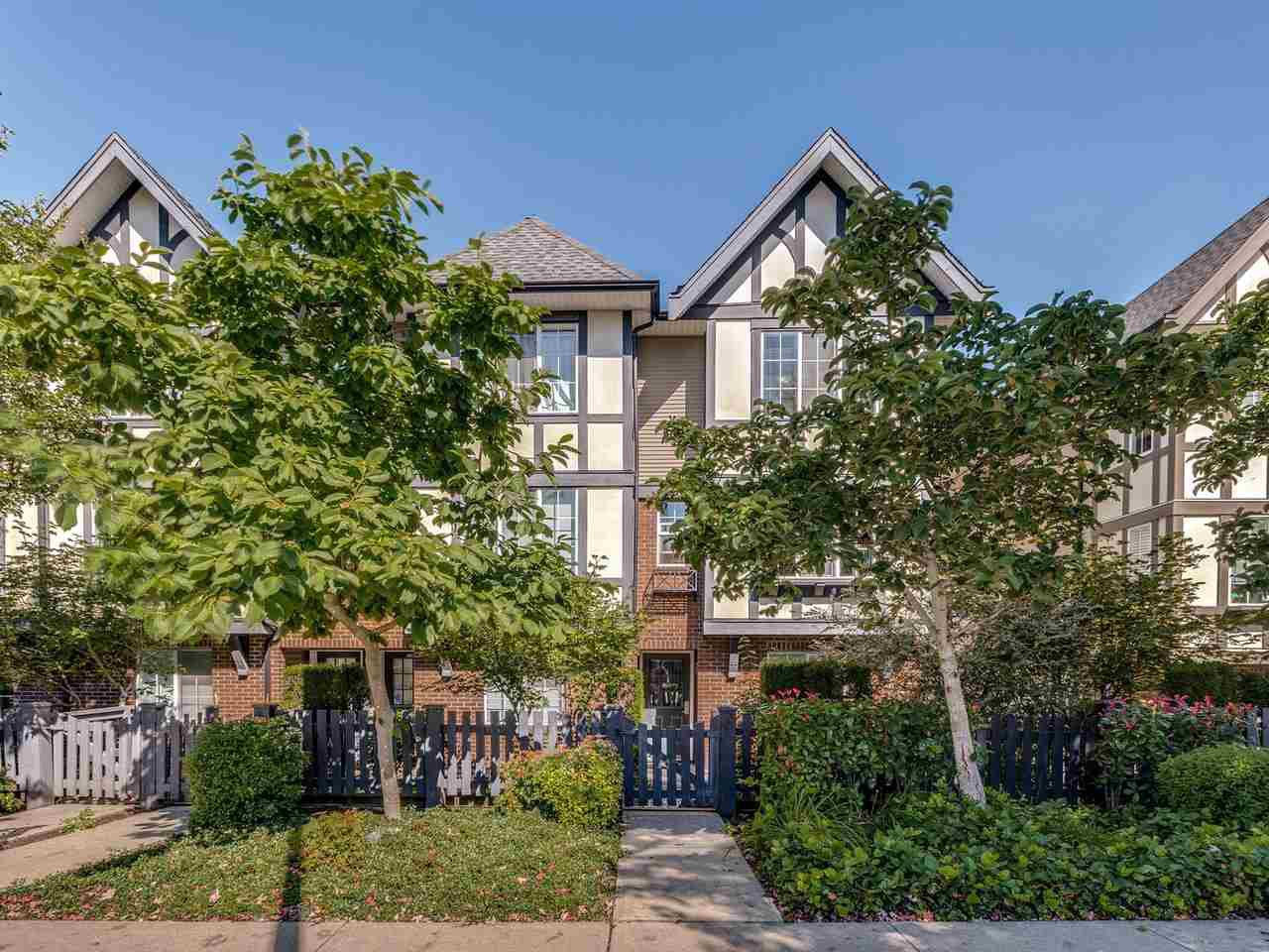 "Main Photo: 27 20875 80 Avenue in Langley: Willoughby Heights Townhouse for sale in ""Pepperwood"" : MLS®# R2495219"