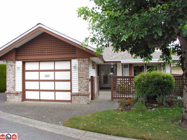 Main Photo: 105 14220 19A Avenue in Surrey: Sunnyside Park Surrey Condo for sale (South Surrey White Rock)  : MLS®# F1118695