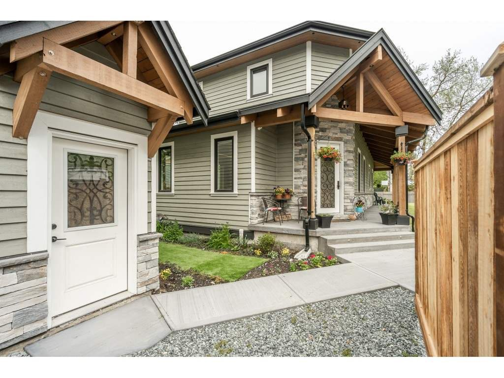 Main Photo: 1 23165 OLD YALE Road in Langley: Campbell Valley House for sale : MLS®# R2454342