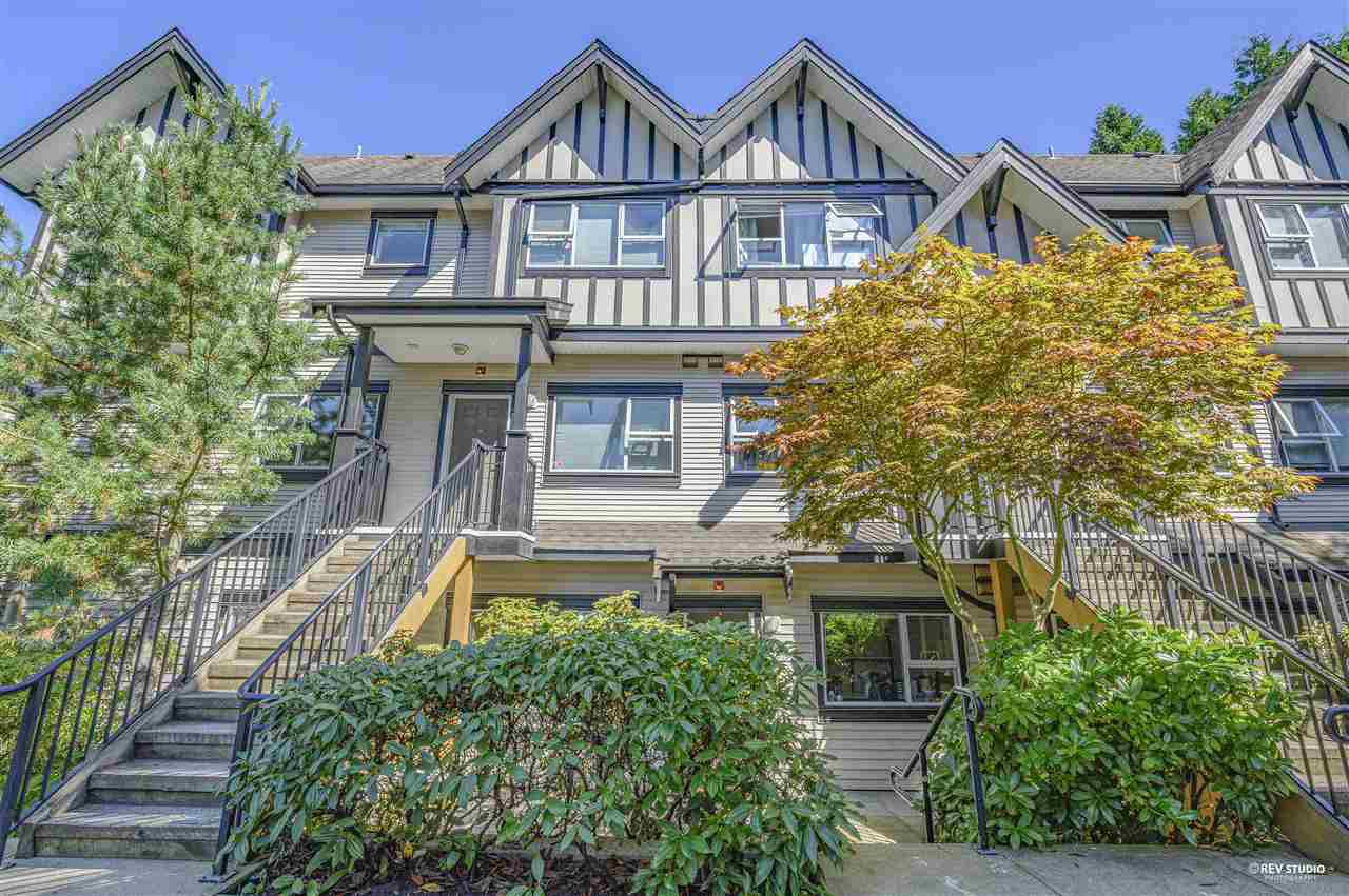 Main Photo: 4 730 FARROW Street in Coquitlam: Coquitlam West Townhouse for sale : MLS®# R2490640