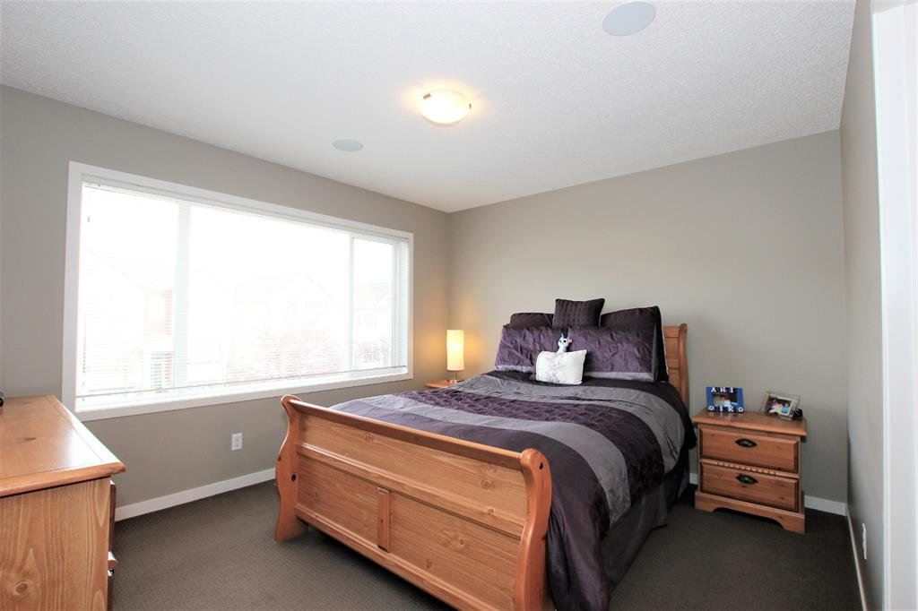 Photo 18: Photos: 32 COPPERPOND Close SE in Calgary: Copperfield Row/Townhouse for sale : MLS®# A1043310