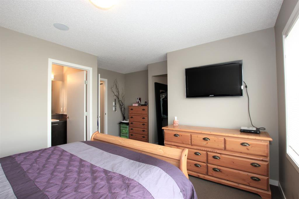 Photo 20: Photos: 32 COPPERPOND Close SE in Calgary: Copperfield Row/Townhouse for sale : MLS®# A1043310