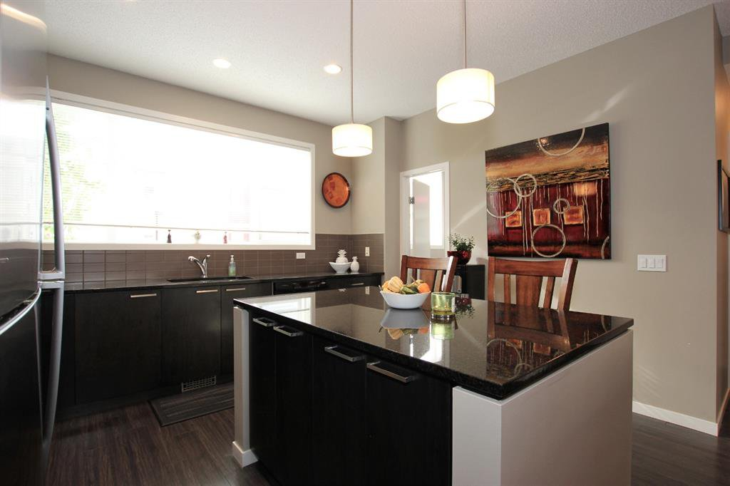 Photo 13: Photos: 32 COPPERPOND Close SE in Calgary: Copperfield Row/Townhouse for sale : MLS®# A1043310