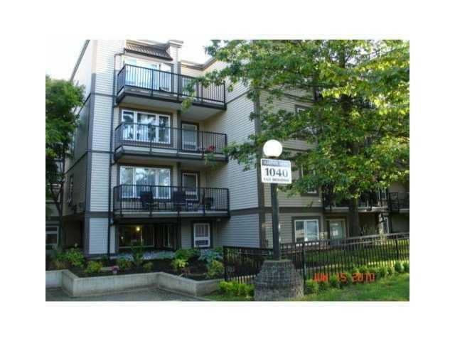 "Main Photo: # 109 1040 E BROADWAY BB in Vancouver: Mount Pleasant VE Condo for sale in ""MARINERS MEWS"" (Vancouver East)  : MLS®# V901306"