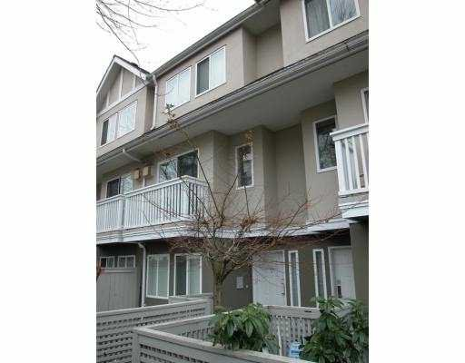 "Main Photo: 25 7831 GARDEN CITY Road in Richmond: Brighouse South Townhouse for sale in ""ROYAL GARDEN"" : MLS®# V682247"