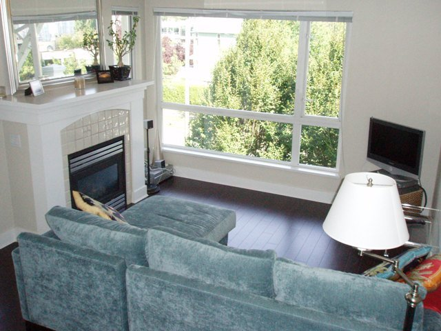 Photo 3: Photos: #405-1868 West 5th Ave in Vancouver: Kitsilano Condo for sale (Vancouver West)  : MLS®# V728169