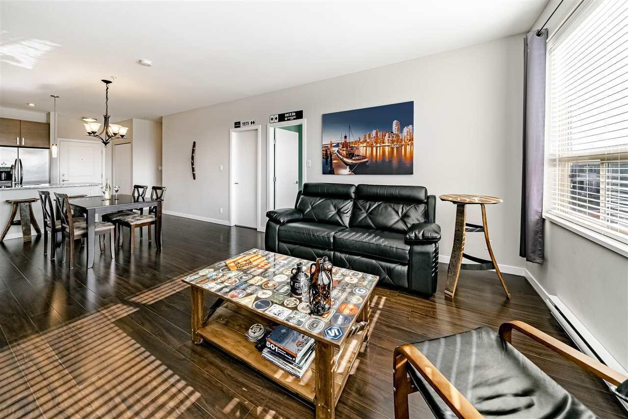"Photo 4: Photos: 308 288 HAMPTON Street in New Westminster: Queensborough Condo for sale in ""VIA"" : MLS®# R2447890"