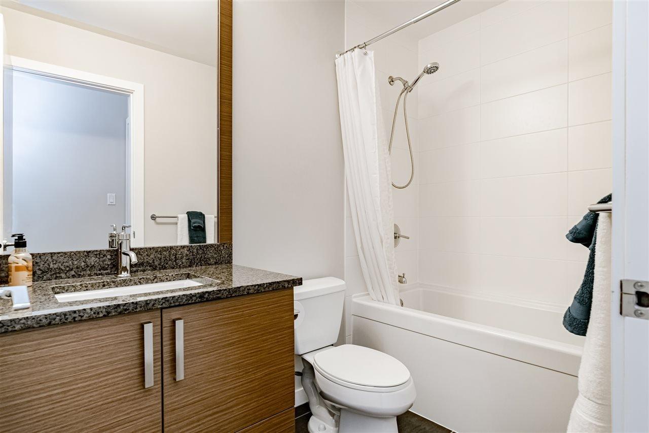 "Photo 10: Photos: 308 288 HAMPTON Street in New Westminster: Queensborough Condo for sale in ""VIA"" : MLS®# R2447890"