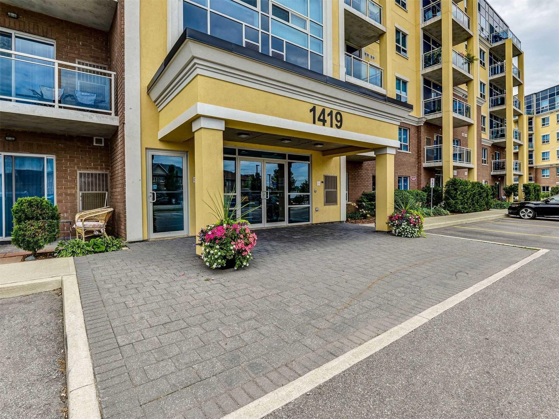 Main Photo: 601 1419 Costigan Road in Milton: Clarke Condo for lease : MLS®# W4842129