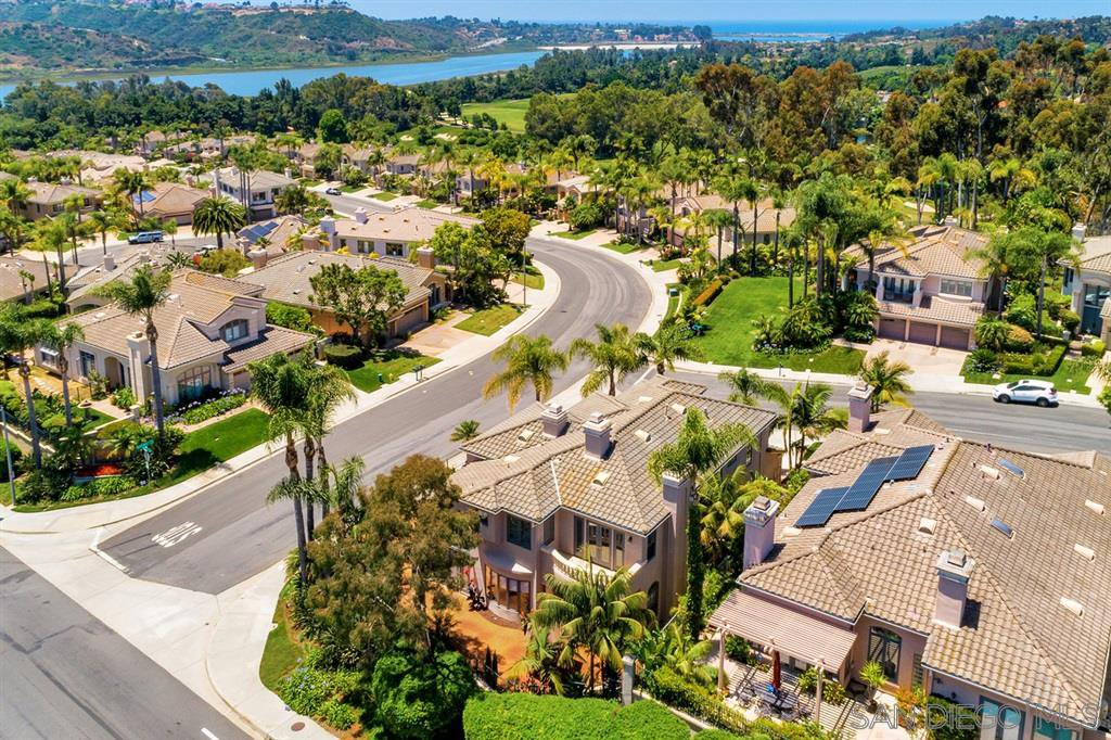 Main Photo: AVIARA House for sale : 5 bedrooms : 7186 Tern Pl in Carlsbad