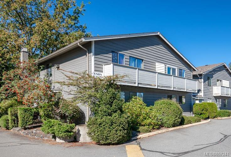 Main Photo: 30 211 Buttertubs Pl in : Na University District Row/Townhouse for sale (Nanaimo)  : MLS®# 857241