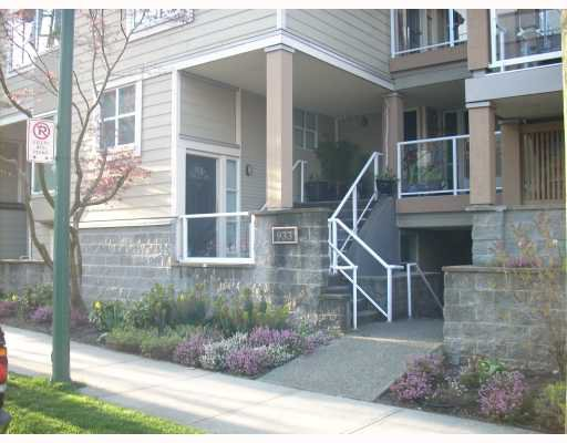 "Main Photo: 105 933 W 8TH Avenue in Vancouver: Fairview VW Condo for sale in ""SOUTH PORT"" (Vancouver West)  : MLS®# V702764"