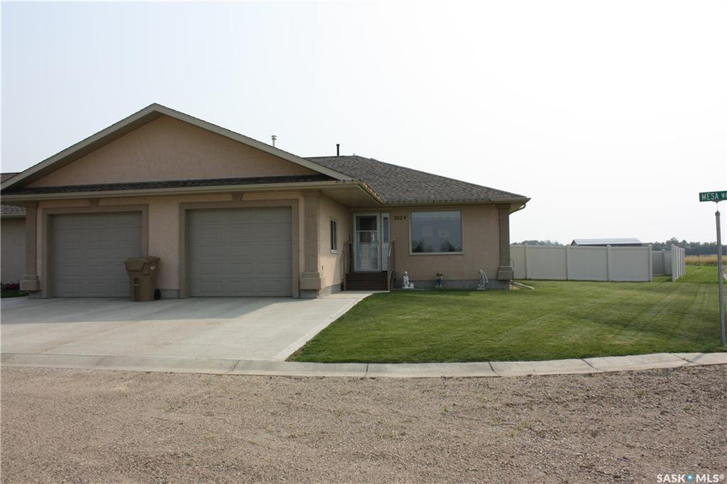 Main Photo: 9 702 Mesa Way in Shellbrook: Residential for sale : MLS®# SK801667