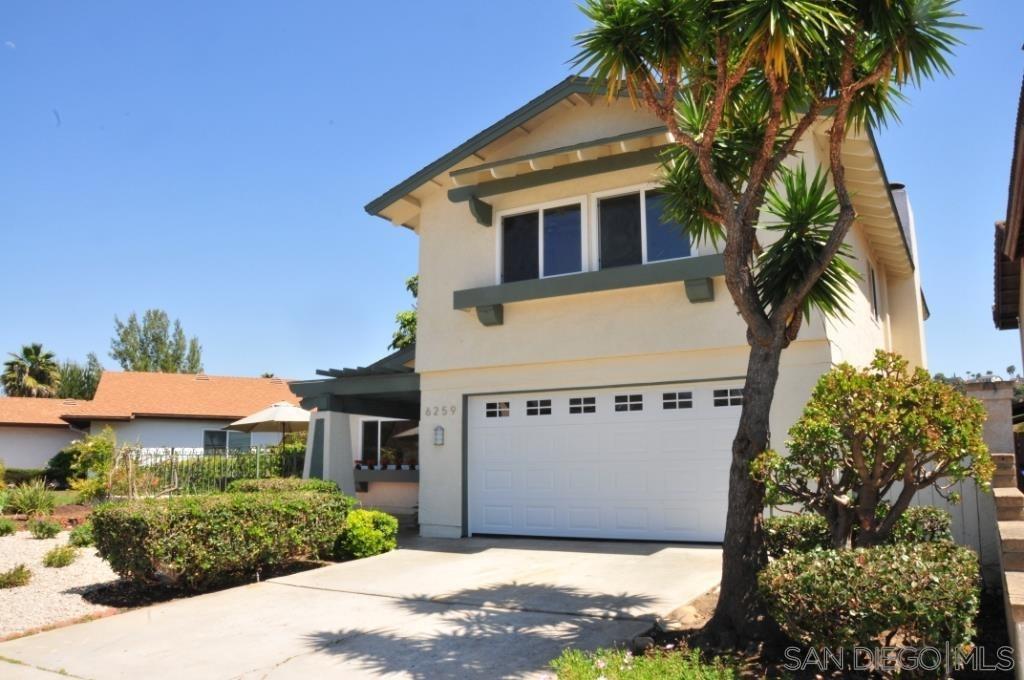 Main Photo: DEL CERRO House for rent : 5 bedrooms : 6259 Oakridge in San Diego