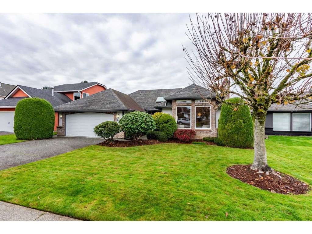 """Main Photo: 4873 209 Street in Langley: Langley City House for sale in """"Newlands"""" : MLS®# R2516600"""
