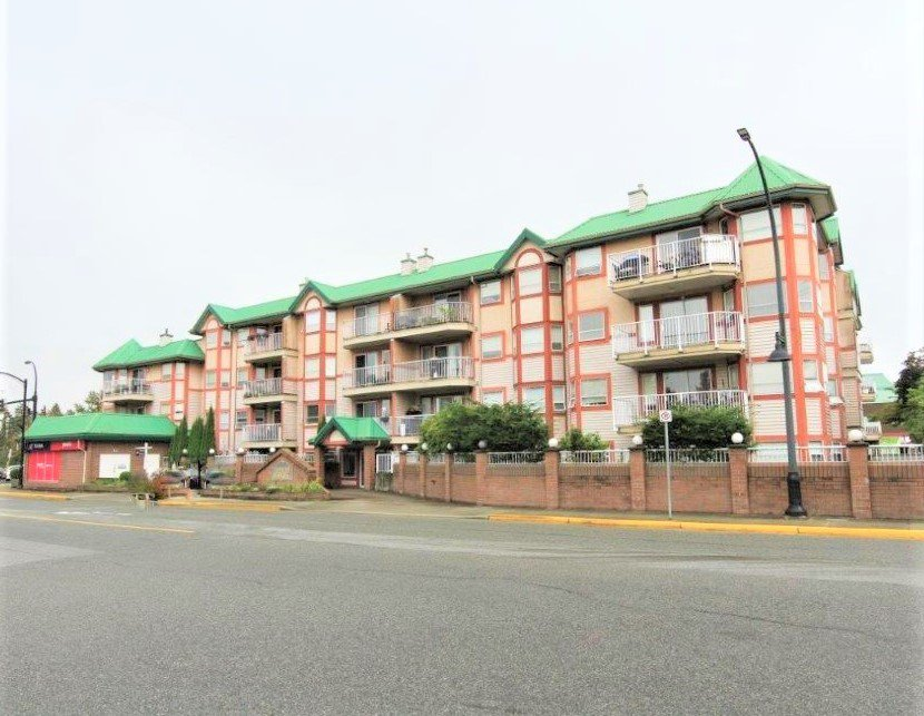 "Main Photo: 438 22661 LOUGHEED Highway in Maple Ridge: East Central Condo for sale in ""GOLDEN EARS GATE"" : MLS®# R2522711"