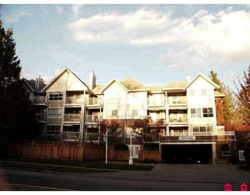 """Main Photo: 102 9668 148TH Street in Surrey: Guildford Condo for sale in """"Hartford Woods"""" (North Surrey)  : MLS®# F2708575"""