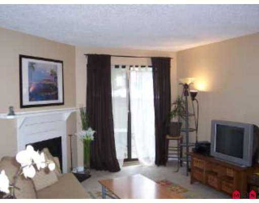"Photo 4: Photos: 65 10528 HOLLY Park in Surrey: Guildford Townhouse for sale in ""HOLLY PARK"" (North Surrey)  : MLS®# F2717372"