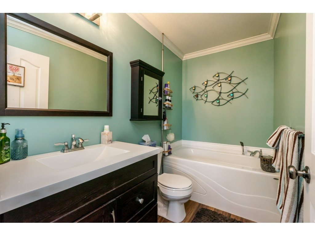 """Photo 10: Photos: 2 6450 BLACKWOOD Lane in Sardis: Sardis West Vedder Rd Townhouse for sale in """"The Maples"""" : MLS®# R2431789"""