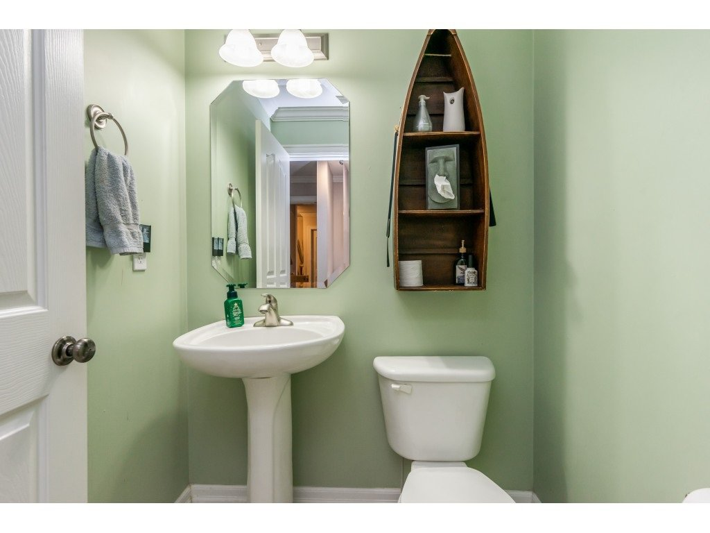 """Photo 14: Photos: 2 6450 BLACKWOOD Lane in Sardis: Sardis West Vedder Rd Townhouse for sale in """"The Maples"""" : MLS®# R2431789"""