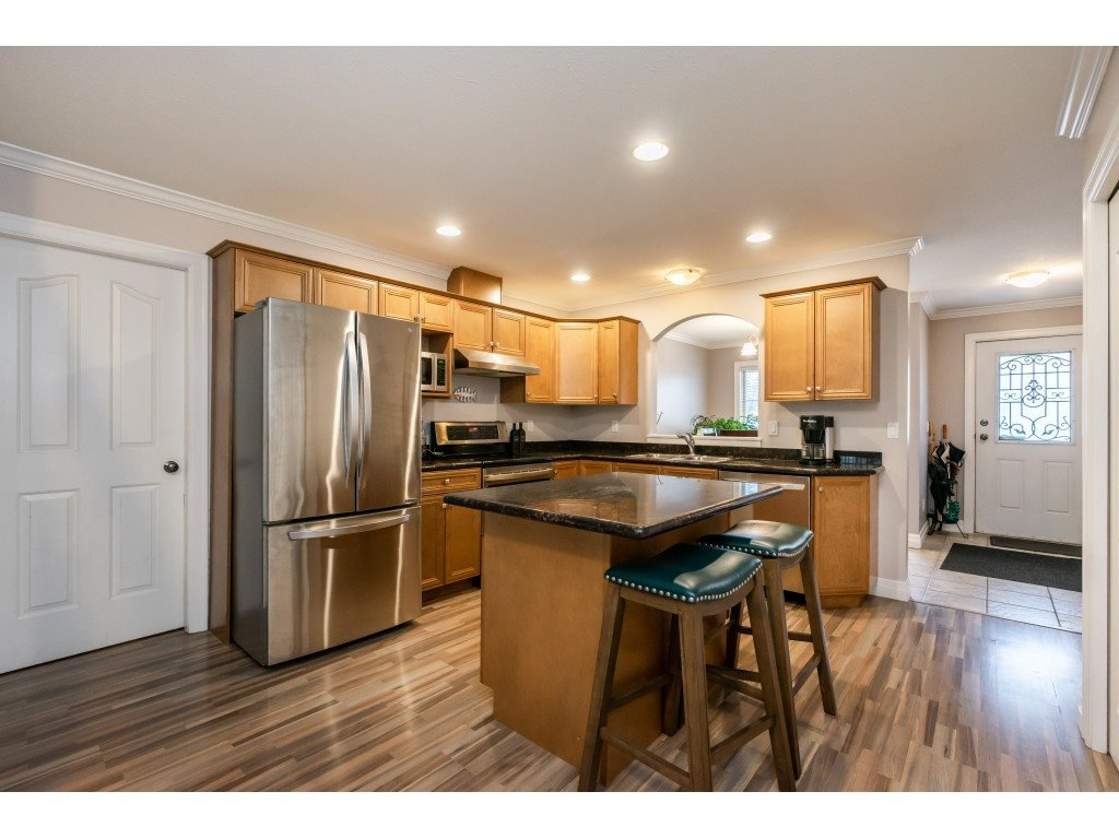 """Photo 4: Photos: 2 6450 BLACKWOOD Lane in Sardis: Sardis West Vedder Rd Townhouse for sale in """"The Maples"""" : MLS®# R2431789"""