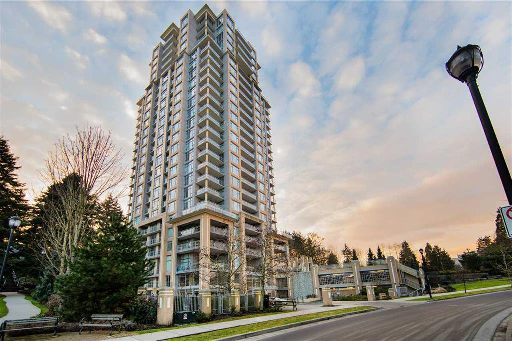 Main Photo: 1008 280 ROSS Drive in New Westminster: Fraserview NW Condo for sale : MLS®# R2444904