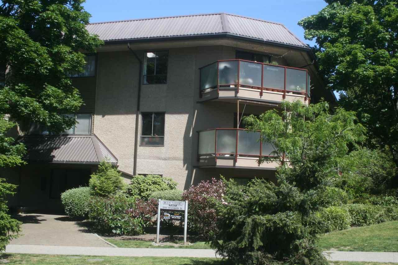 Main Photo: 114 2150 BRUNSWICK STREET in : Mount Pleasant VE Condo for sale : MLS®# R2065297
