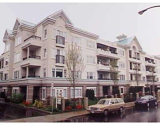 """Main Photo: 101 55 BLACKBERRY Drive in New Westminster: Fraserview NW Condo for sale in """"QUEENS PARK"""" : MLS®# V641994"""