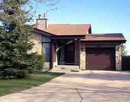 Main Photo: 90 LAKE GROVE Bay in WINNIPEG: Fort Garry / Whyte Ridge / St Norbert Single Family Detached for sale (South Winnipeg)  : MLS®# 9906996